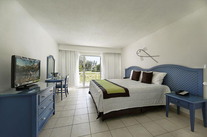 BAHSJVWF_chambre-flora-sejours-viva-wyndham-fortuna-beach-bahamas-tui