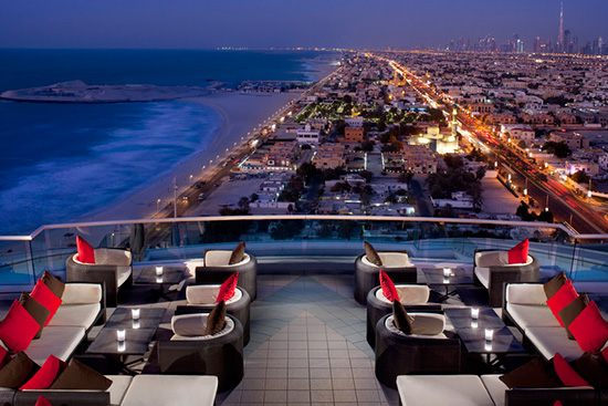 dubai-rooftop-lounge-views-Jumeirah-Beach-Hotel-Uptown-Bar-(1)